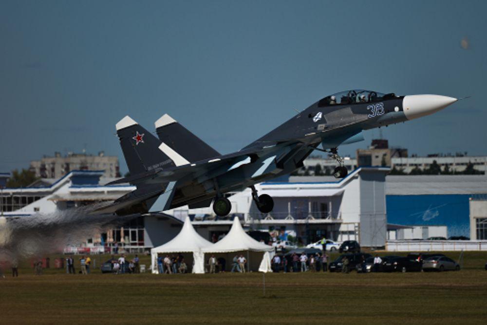 Су-27 во время генеральной репетиции летной программы.