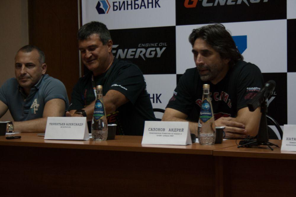 Спортсмены рассказывают о своих достижениях и подготовке к соревнованиям