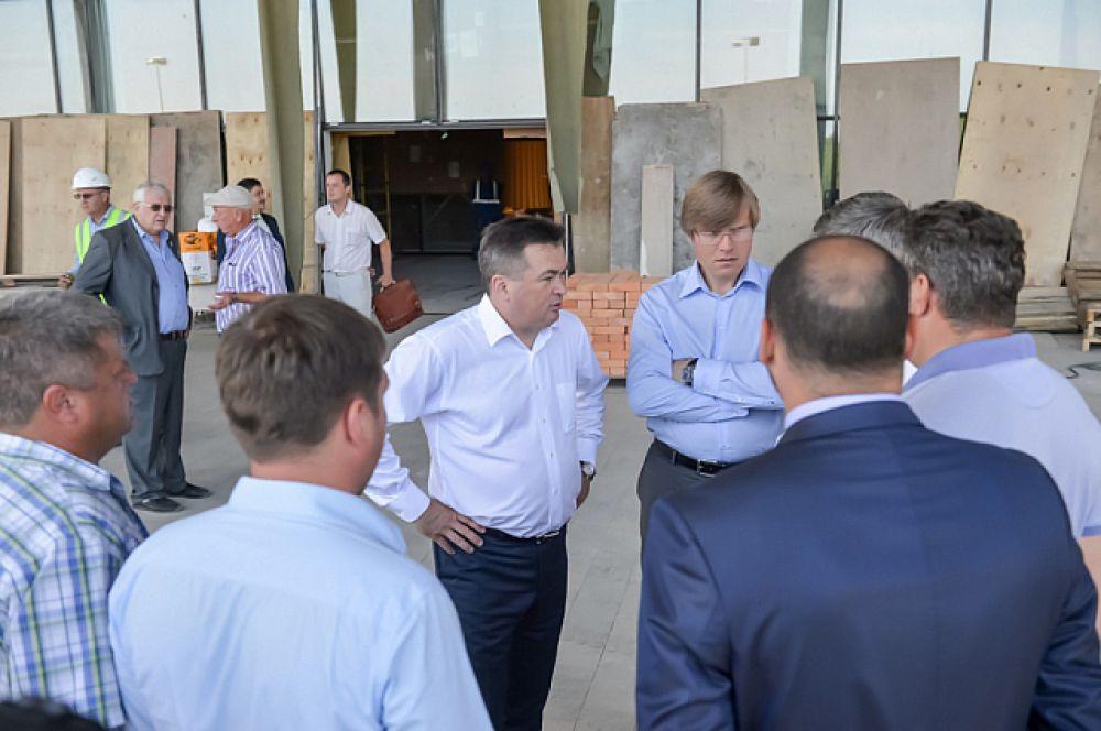Губернатор лично контролирует ход строительства игорной зоны.