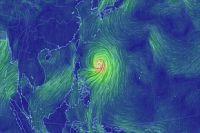 Тайфун глазами синоптиков.