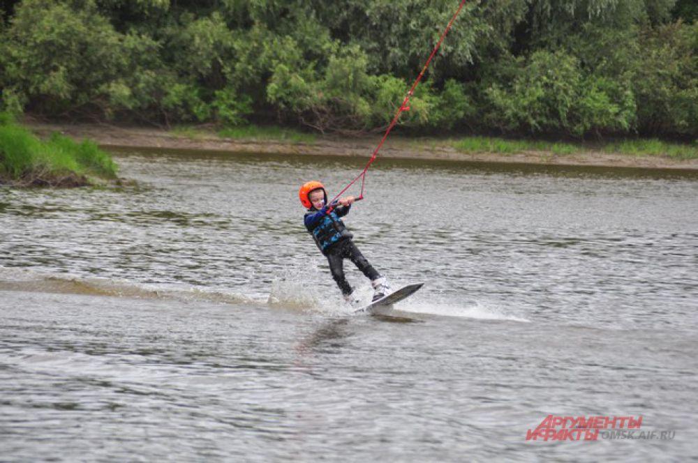 Открытый чемпионат Омской области по вейкбордингу на «Зелёном острове».