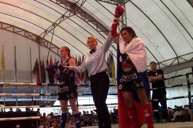 Анастасия Непианиди (на фото справа) - чемпионка мира.