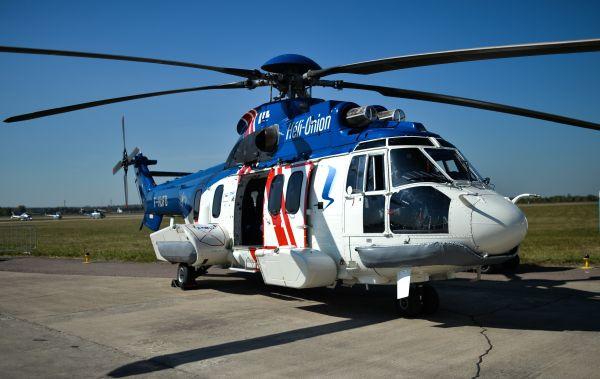 Вертолет Airbus Super Puma 225.
