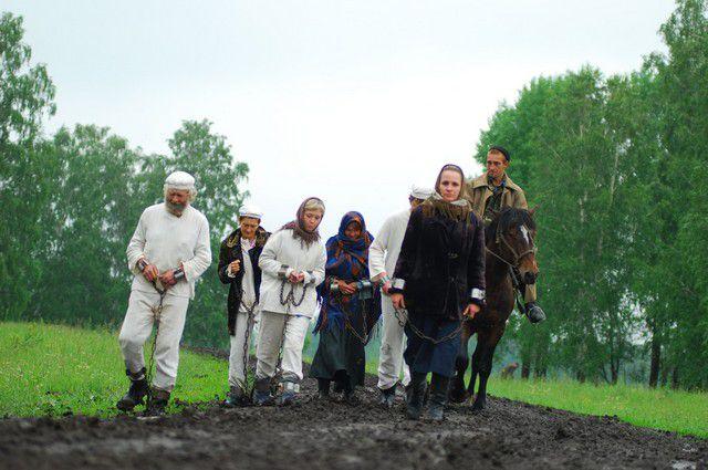 В Омск, с его «тюремным» прошлым, дорогой каторжанина пройти согласились бы сотни людей.