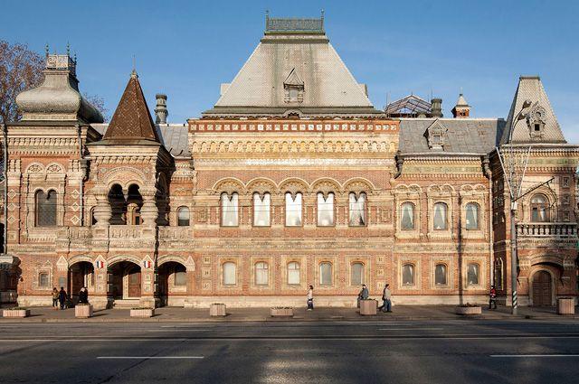2. Дом Игумнова ( резиденция французского посла).