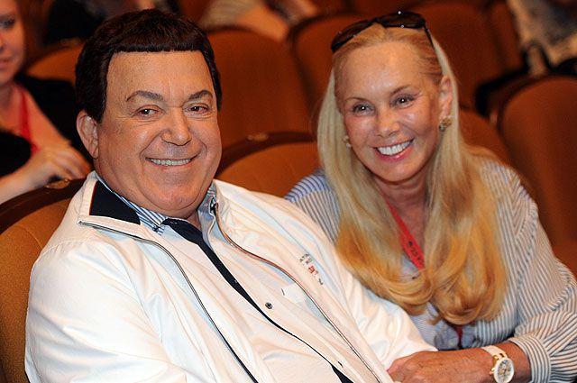 Иосиф Кобзон с женой.