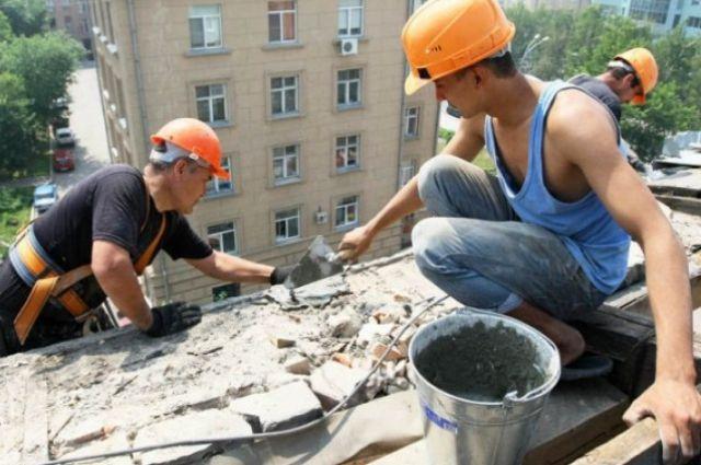 Омичи не уверены в том, что ремонт в их дома всё же сделают.