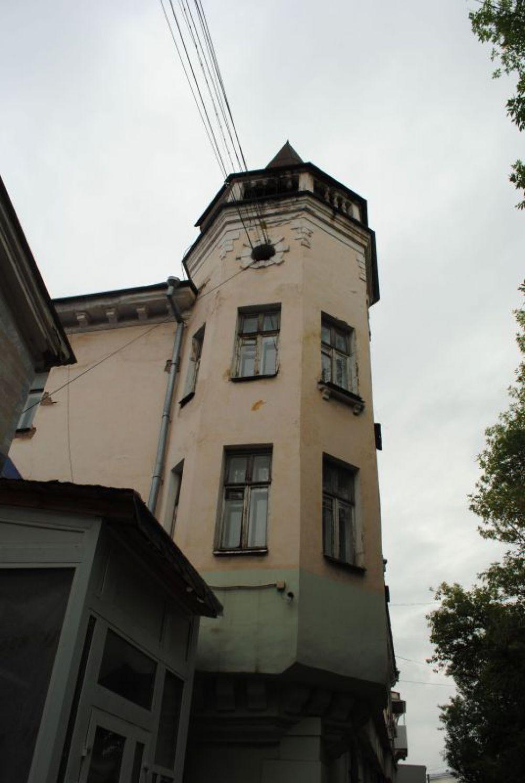 """""""Сталинский"""" стиль имитирует не только классицизм, но и какие-то прямо средневековые башни."""