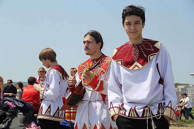 На фестивале будут выступления народных коллективов.
