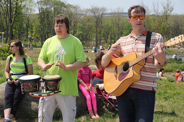 На фестивале выступят различные творческие коллективы.