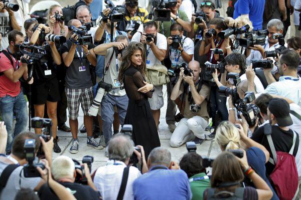 Актриса Элиза Сенами перед началом Венецианского кинофестиваля.