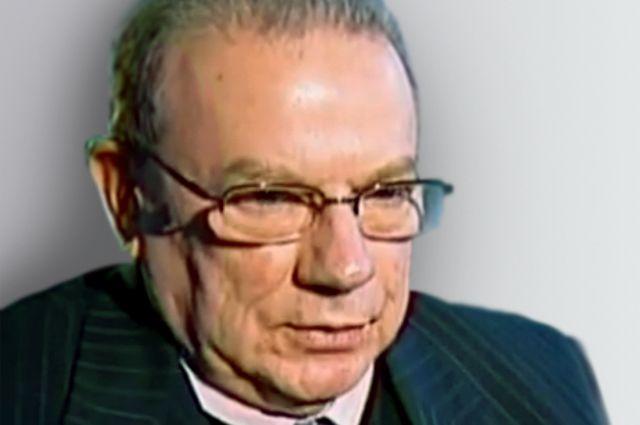 Олег Кузнецов.