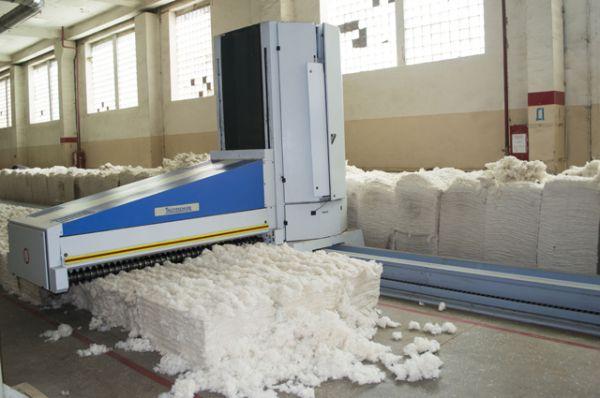 «Умные машины» позволили значительно повысить производительность, качество продукции и существенно снизить долю ручного труда.