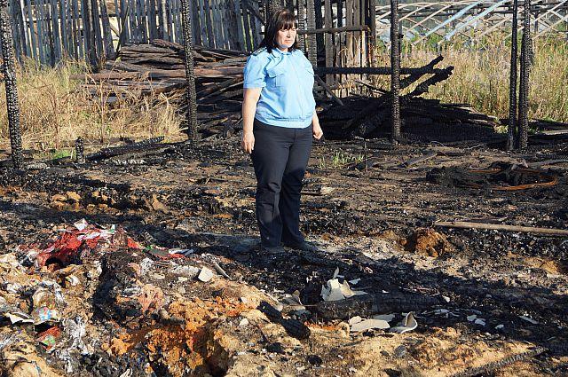 Два месяца в деревне Лыловщина горелые яды отравляли почву и воздух.