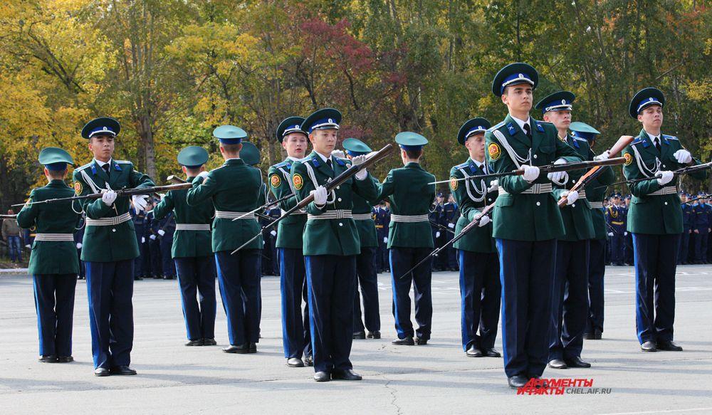 Показательные выступления кадетов из Екатеринбурга