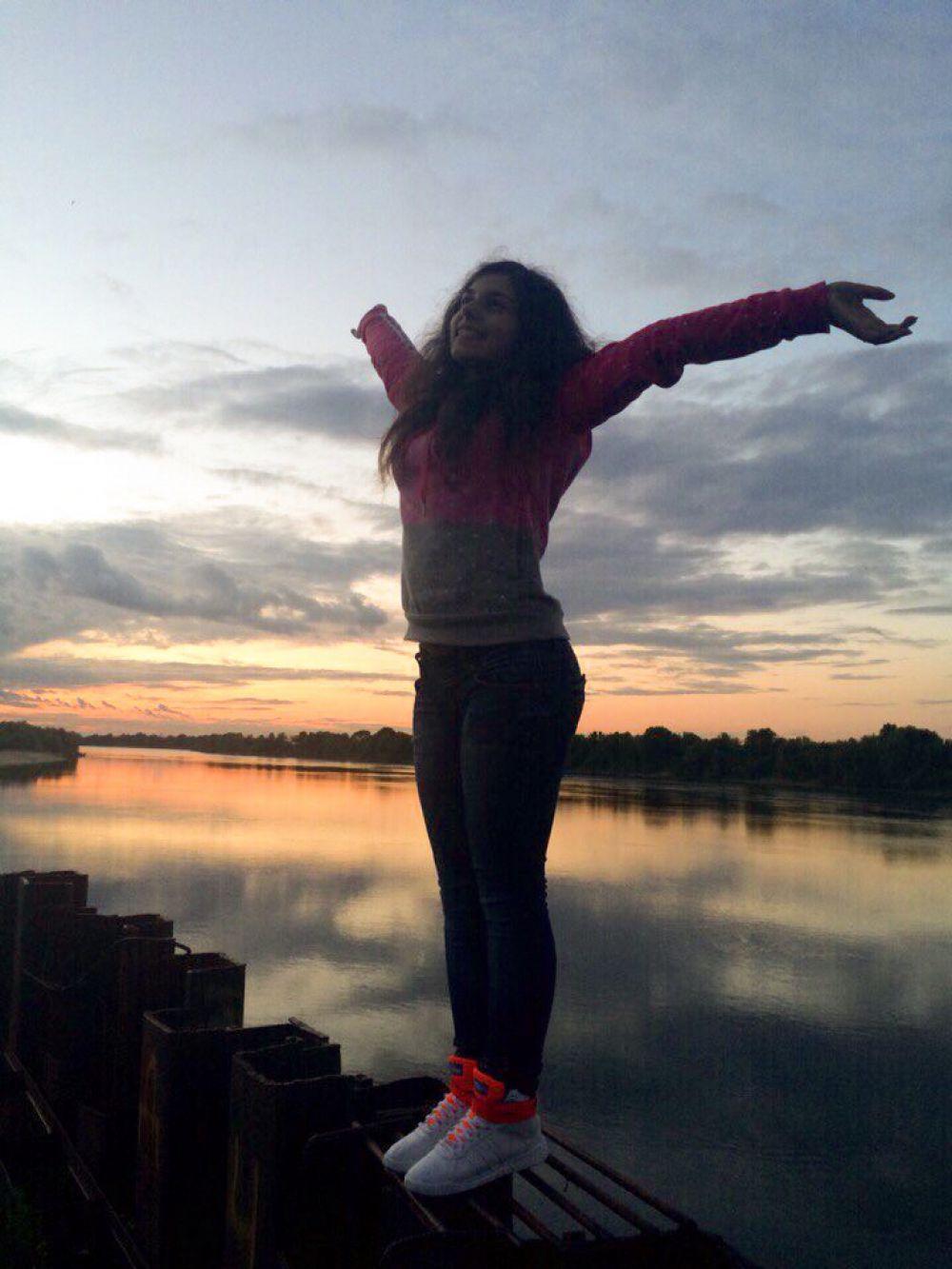 Аревик К.: любимая река Ока.