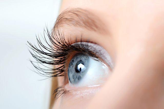 Глаза - зеркало души, за здоровьем которого нужно внимательно следить.