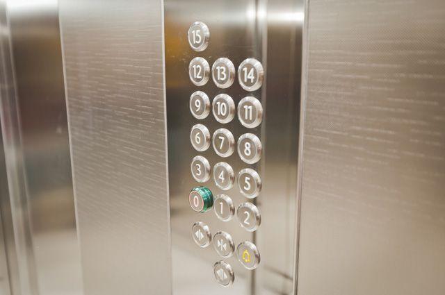 Чем-чем, а новыми лифтами москвичи должны остаться довольны..