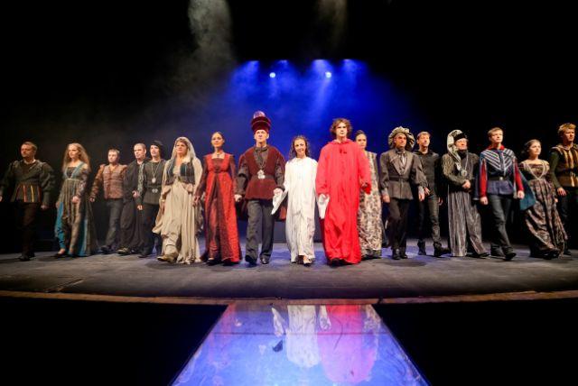 1 сентября спектакль «Пятый» представил спектакль «Ромео и Джульетта».