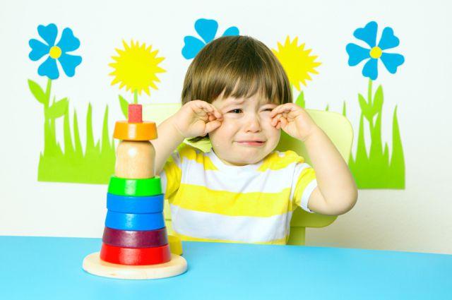 На одного воспитателя приходится до 40 малышей, в результате дети не получают должного внимания.