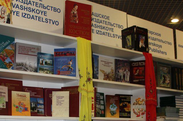 книги, книжная полка