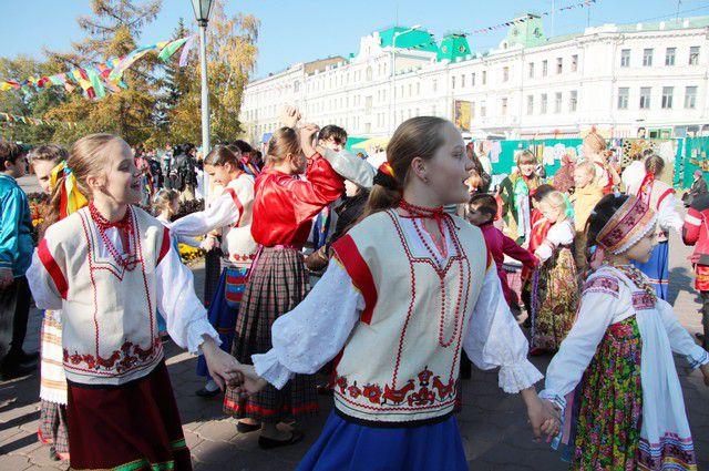 В выходные омичей ждут народные гуляния на «Культурном калейдоскопе».