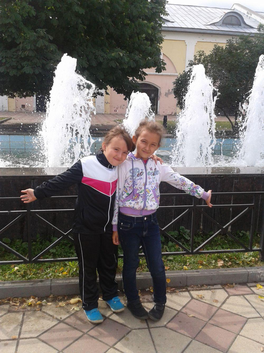 Фото Алены Зайцевой - 3 место от «Трогательного зоопарка» в конкурсе «Улыбнись городу».