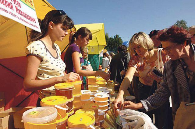В Тамбове бесплатно предоставляют торговые места на ярмарках выходного дня.