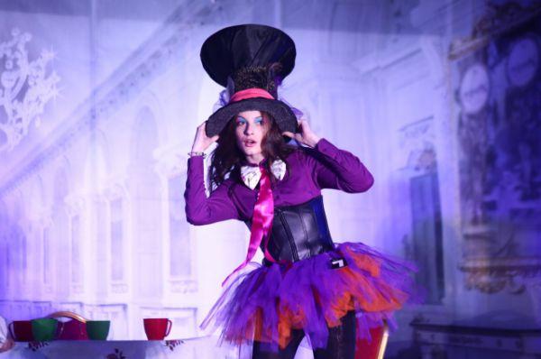 В костюме Шляпника из «Алисы в стране чудес» - Алина Бутенко.
