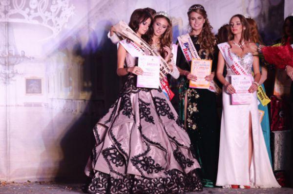 Первым обладателем титула «Юная ростовская красавица» стала Юлианна Недоводей.
