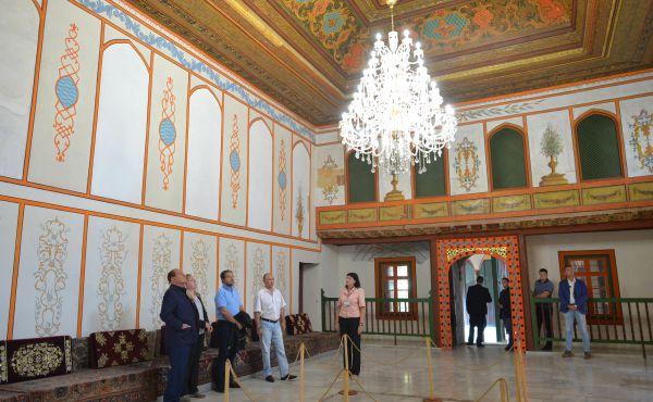 Во время посещения Бахчисарайского историко-культурного и археологического музея-заповедника.