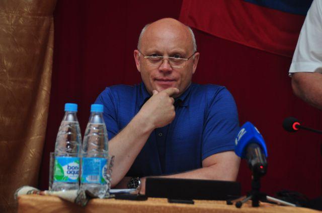 Виктор Назаров остался губернатором Омской области.