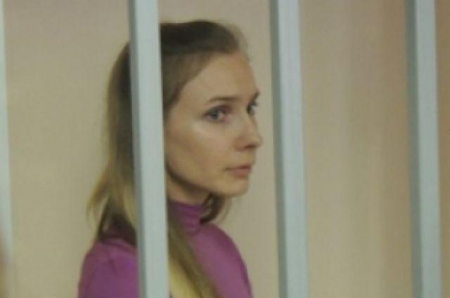 Анастасия Дашко во время судебного процесса.