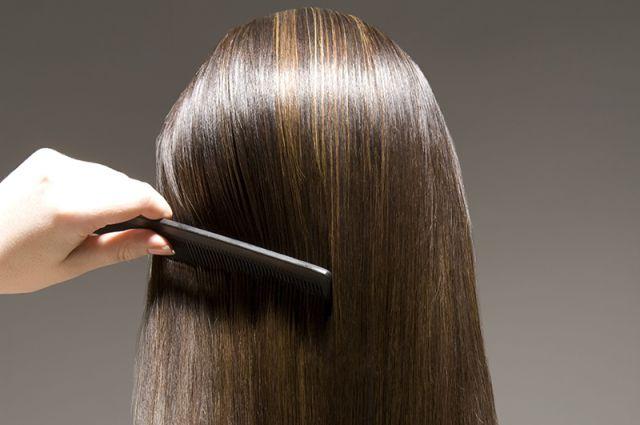 Почему выпадают волосы у женщин с корнями