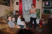 Анастасия с детьми Славиком, Ксюшей, Любой и Светланой.