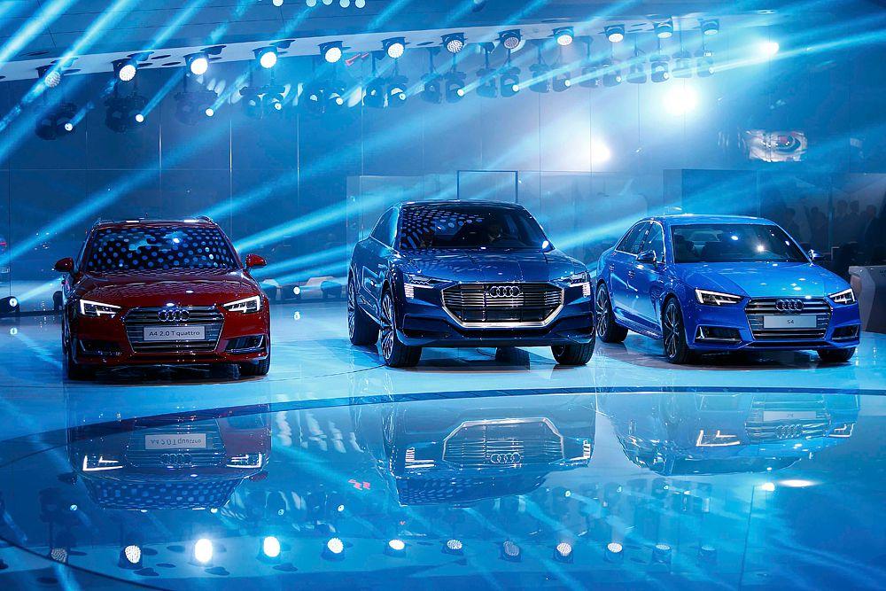 Audi A4. A4 построена на новой платформе MLB, благодаря чему модель стала чуть крупнее и легче предшественника. Двигатели – в основном наддувные четверки объемом 1,4 и 2,0 литра. Моторов V6 в гамме два: 3,0-литровый турбодизель мощностью 218 или 272 л.с. и бензиновый агрегат того же объема мощностью 354 л.с. которым комплектуется спортивная версия S4.