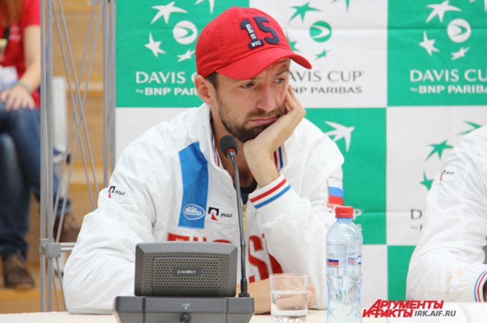 Константин Кравчук выступит в парной игре в субботу.