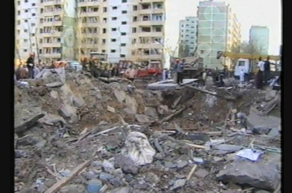Повреждено 39 домов, здание отделения милиции, две школы, детский сад, библиотека – всего 15 объектов соцкультбыта.