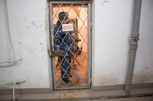 Чиновника из Копейска, обвиняемого в мошенничестве, отправили в СИЗО