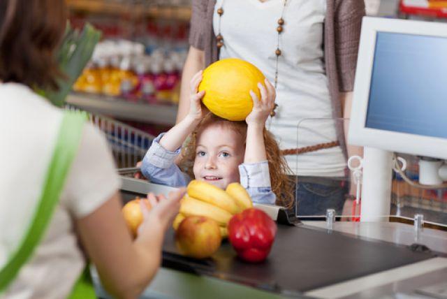 e4b092cb3085 Идём в магазин. Учим ребёнка выбирать и покупать продукты   Здоровье ...