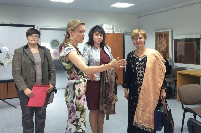 Светлана Цуканова и Барбара Рагхаван.