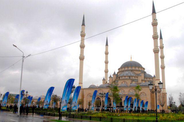 Мечеть «Сердце Чечни» в Грозном.