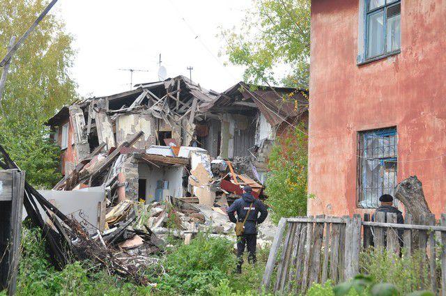 После обрушения жильцы дома остались без крова.