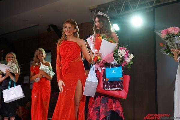 Кроме того, великолепная девушка отправится на мировой конкурс красоты среди замужних женщин, которой пройдет в Анталье (Турция) в ноябре этого года.