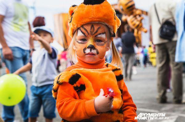 Вот такие тигрята живут во Владивостоке.