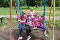 Дети летом отдохнули в детских лагерях.