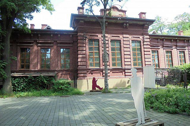 Первый музей на Дальнем Востоке и 125 лет спустя выглядит величественно.