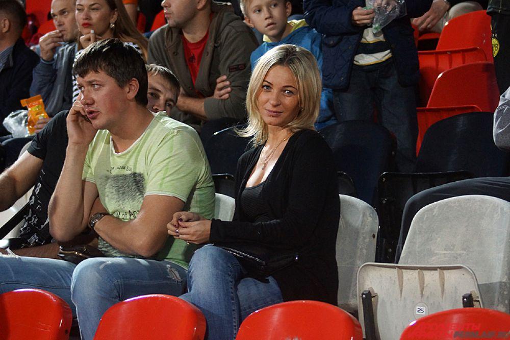 Напомним, в этот день «Амкар» на своем поле в 10-м туре Премьер-лиги одержал волевую победу (2:1) над «Мордовией», уступая после первого тайма.