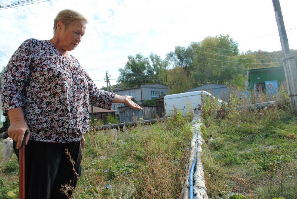 Татьяна Юдина рассказывает как всю зиму не закрывали воду, чтобы она не замерзла в трубах.