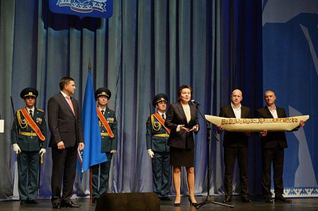 Наталья Комарова на инаугурации Дмитрия Кобылкина.